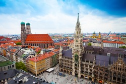 beautiful city centre view of Marienplatz, New Town Hall (Neues Rathaus), Glockenspiel, Frauenkirche with sky in Munich, (Bavaria, Germany)