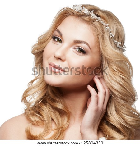 Beautiful elegance bride with beauty wedding coiffure