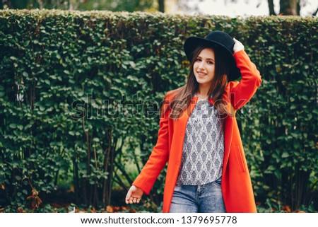 beautiful elegant girl walking around the autumn city  Stok fotoğraf ©