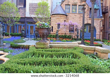 Beautiful Garden near an Old House in Chicago