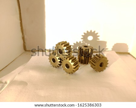 Beautiful gears, photos for people who are interested in mechanics, mechanisms, mechanical engineering.