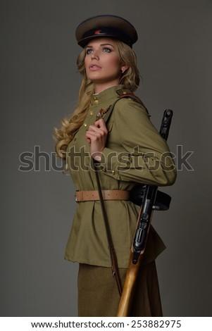 девушки в униформе фото