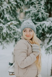 beautiful girl is photographed in a snowy forest, pinterest winter photo session