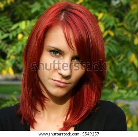 red hair green eyes anime girl