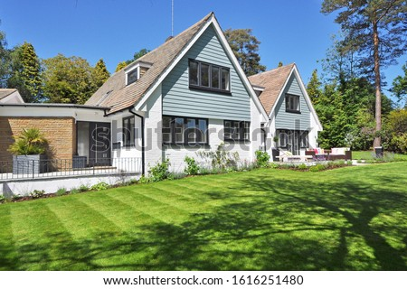 Beautiful Home Garden New England Style Landscaping