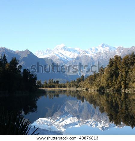 Beautiful Lake Matheson in New Zealand