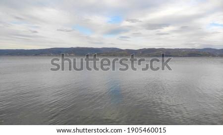 Beautiful lake view in winter Stok fotoğraf ©