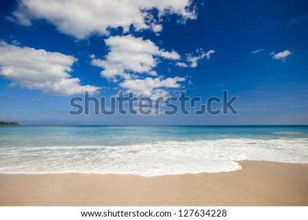 Beautiful landscape picture of a white sand tropical beach