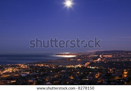 Beautiful Moon Set over Dana point taken from San Clemente.