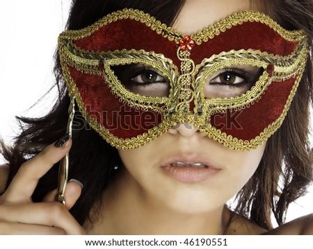 ¡Baile de máscaras!,¡Oculta tu identidad!,¡estas Invitado! Stock-photo-beautiful-mysterious-woman-s-face-behind-ornate-red-and-gold-mask-46190551