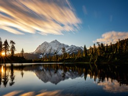 Beautiful Picture Lake and Mt Shuksan at sunrise