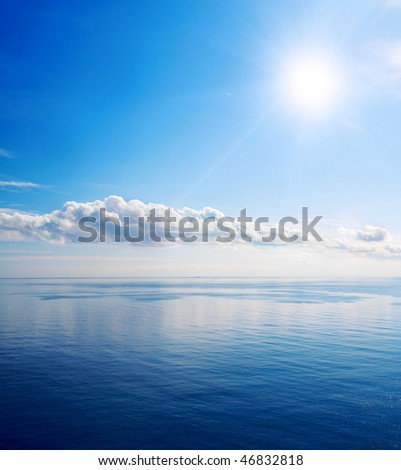 Beautiful sea and clouds sky with sun