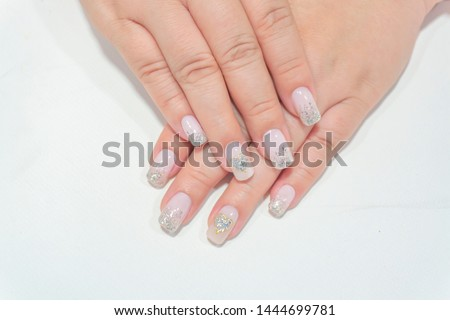 Beautiful Sparkling Silver Glitter Painting on Light Pink Color Gel Polish Ombre Design Decorated with Shiny Golden Heart Shape on Ring Finger,Fahionista Woman Short Fingernail Manicure Square Shape
