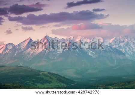 Beautiful spring panorama over Spisz highland to snowy Tatra mountains in the morning, Poland #428742976