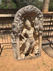 Beautiful SriLanka - Anuradhapura muragala