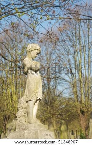 beautiful statue in english cemetery