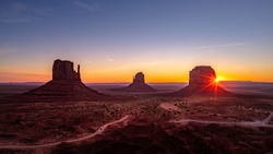 Beautiful sunrise over the red rocks of Monument Valley in Arizo