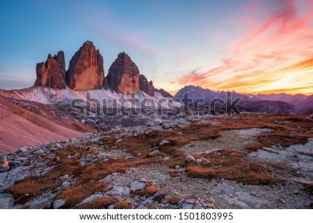 Beautiful sunset at Tre Cime di Lavaredo (Drei Zinnen) and rifugio Lacatelli , Dolomites, South Tyrol in Italy Foto d'archivio ©