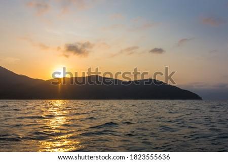 Beautiful sunset seen at Ilha Grande - Ilha Grande, Angra dos Reis, Brazil Foto stock ©