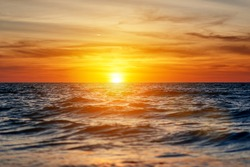 beautiful sunset. the sun sets in the sea
