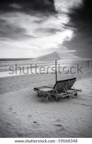 Beautiful surfing sand beach - black and white