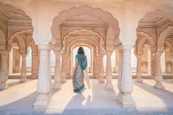 Beautiful Tourist wear Sali, traditional dress in Amber Palace, Jaipur, Rajasthan - India
