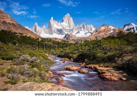 Beautiful view of Mount Fitz Roy and the glacial river, Patagonia, El Chalten - Argentina Zdjęcia stock ©