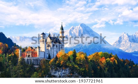 Beautiful view of Neuschwanstein castle in the Bavarian Alps, Germany. ストックフォト ©