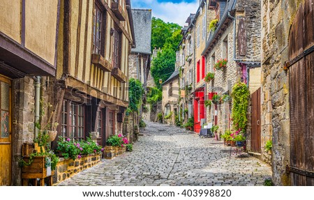 stock photo beautiful view of scenic narrow alley with historic traditional houses and cobbled street in an old 403998820 - Каталог — Фотообои «Улицы, переулки»