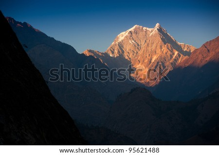 Beautiful view of the Himalayan mountains when see from Tatopani village, on the trekking way to Poonhill, Nepal.