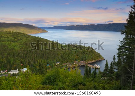 Beautiful view of the village 'Sainte-Rose-du-Nord'and the Saguenay fjord, in Québec Photo stock ©