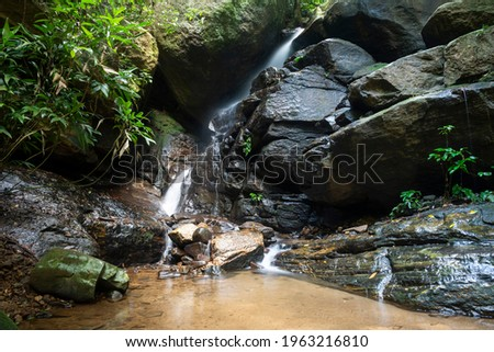 Beautiful view to rainforest river pool and waterfall on green landscape, Tijuca Park, Rio de Janeiro, Brazil Foto stock ©