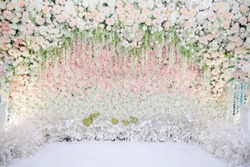 Beautiful wedding flower backdrop For taking pictures.