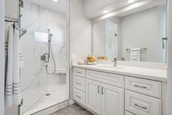 Beautiful white modern bathroom design