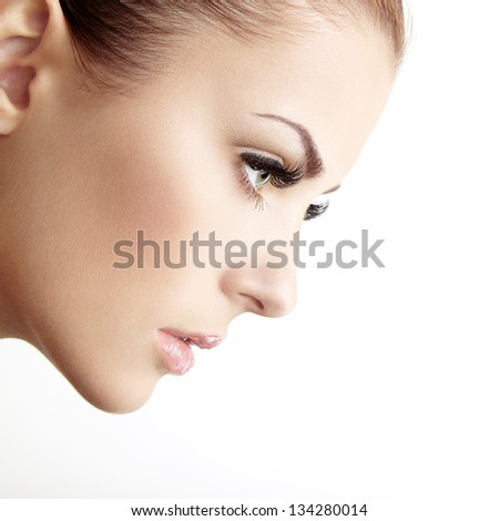 Beautiful woman face. Perfect makeup. Beauty fashion