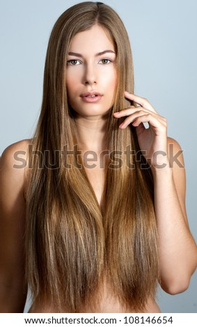 beautiful woman with long straight blond hair