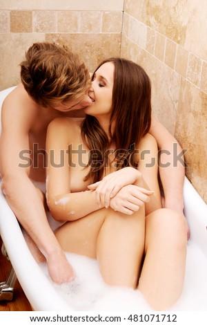 elisha cuthbert nude porn adult images