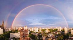 Beautifull rainbow in the city
