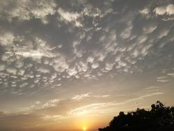 beautifull sunset with beautifull clouds