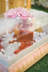 Beautifull surprise for engagement. sweet, beautifull and full colour background