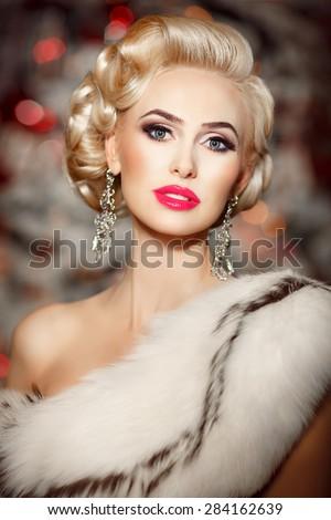 Royalty Free Fashion Woman Jewelry Model Vogue 290724926 Stock Photo