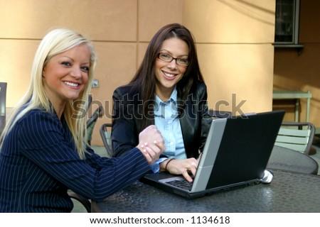 Bedrijfs Vrouwen - stock photo