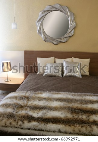 bedroom modern silver mirror fake fur african blanket