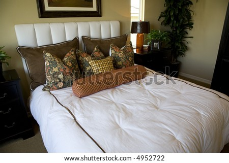 Bedroom with closeup #4952722