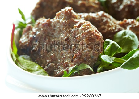 Beef cutlets with a salad