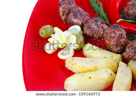 beef meat balls with peppers and potatoes