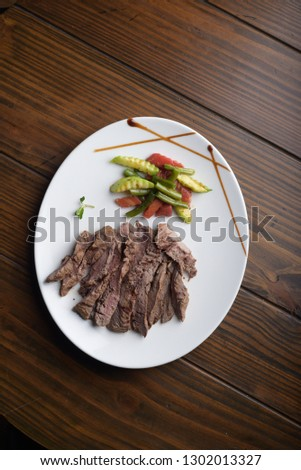 beef strips , beef plate , beef with vegetables , beef stake