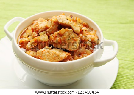 beef stroganoff with chicken in a tomato sauce