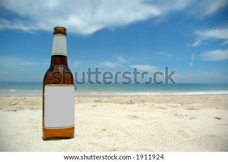 Beer and beach (blank)insert your own logo or tekst.
