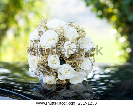 wedding flowers background. wedding bouquet at natural